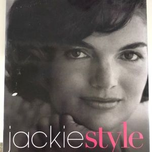 Jackie Style: book on life and fashion